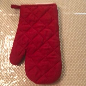 mainstay Kitchen - Adorable bull stars and stripes oven mitt NWT